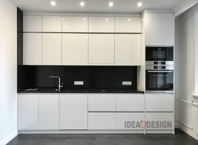 White built-in kitchen to order