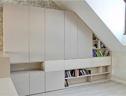Wardrobe attic with open shelves